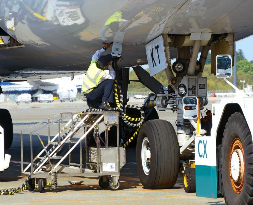 MRO Suite for aircraft mechanics